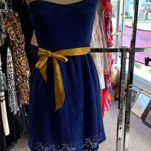 STRAPLESS BLUE DRESS SZ S
